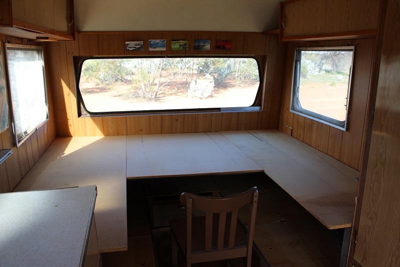 Caravan Solar Powered Ham Radio Station